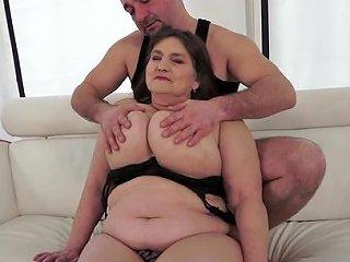 Fat Babe Irma Is Getting A Sloppy Cunnilingus